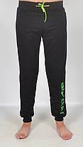 Штаны спортивные трикотажные под манжет - юниор 46 размер зеленый принт, фото 2