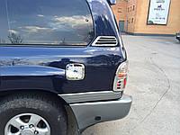 Хром накладка на лючок бака Toyota Land Cruiser Prado 100 1998-2006 (нержавеющая сталь)