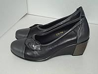 Женские туфли на танкетке, р. 37(23,5см)
