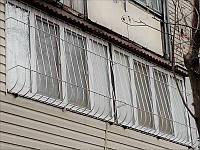 Решетка стационарная, с элементами холодной ковки