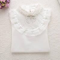 Белая нарядная кофточка  для девочки