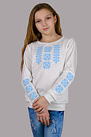 032019 - Детская трикотажная блузка-вышиванка для девочек (нежно-голубой орнамент)