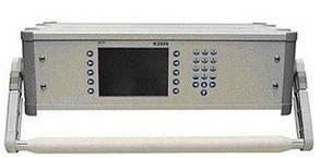 K 2006 Трехфазный компаратор (класса 0,01) для проверки образцовых счетчиков
