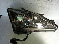 Фара галоген правая БУ на Lexus IS 2005-2009 8113053261