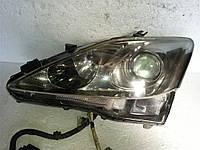 Фара галоген левая БУ на Lexus IS 2005-2009 года. Код 8117053261