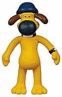 Игрушка Trixie Dog Bitzer для собак латексная, с пищалкой, 18 см