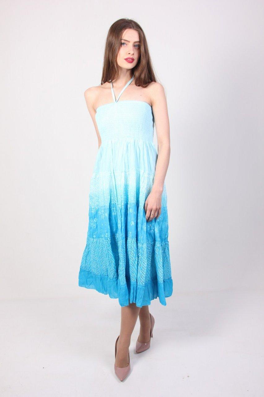 Яркий голубой сарафан с градиентом