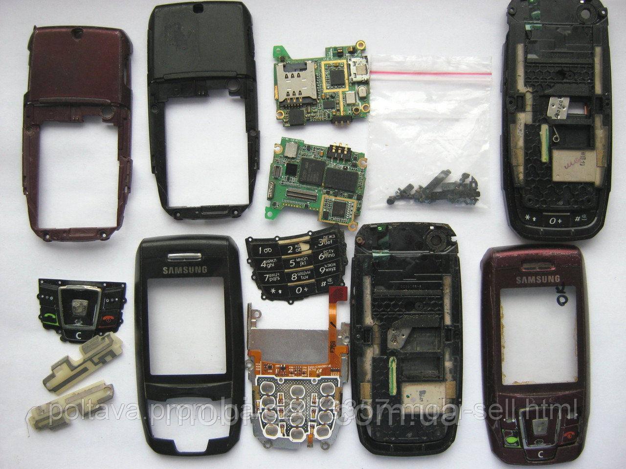 Samsung E390 на запчасти (корпус, плата, клавиатура, антенна)