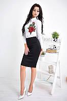 Женский стильный костюм: белая рубашка с вышивкой и юбка-карандаш