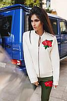 Женская курточка с карманами материал дайвинг, декор вышивка. Цвет белый