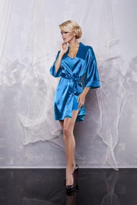 Атласный комплект халат и пижама голубой