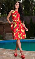 Летнее платье красного цвета