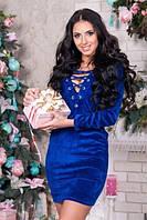 Платье из бархата со шнуровкой синее