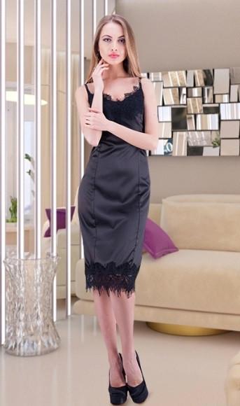 Атласное романтическое платье