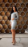 Платье с разрезами светло серое