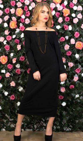 Чорне довге плаття