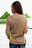 Бежевый свитшот с лаймовыми вставками, фото 2