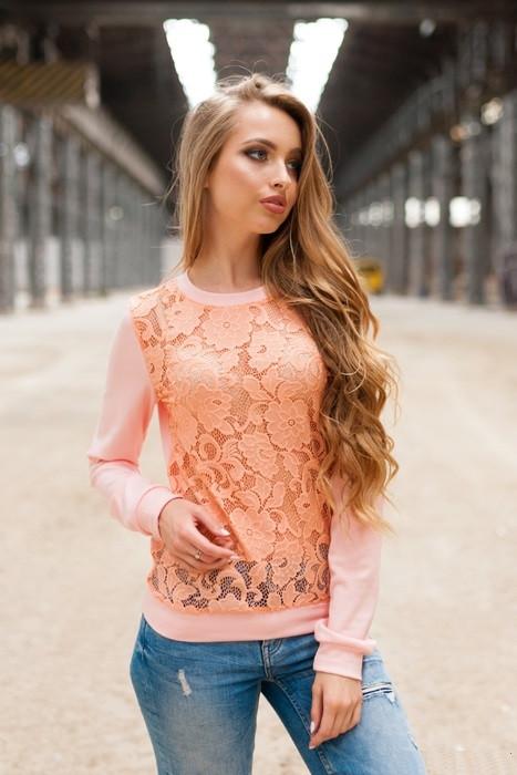 Світшот персикового кольору з мереживом
