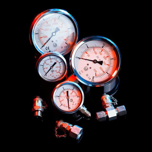 Манометр глицериновый DN 63 радиальный