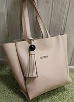 Женская брендовая сумка Guess Гесс бежевая