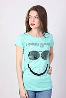 Женская футболка голубого цвета с накаткой Очки