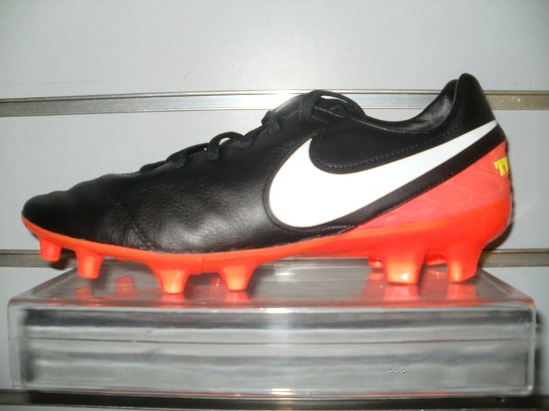 504b1d28 Бутсы Nike Tiempo Mystic V FG-Black/White/Hyper Orange/Volt 819236 ...
