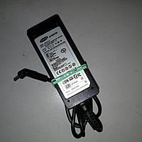 Адаптер питания ноутбука Samsung  19v 2.1a (2.5*0.7)