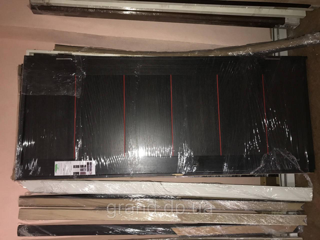 Дверь межкомнатная 038 шпонированная (с коробками и наличниками) 800мм