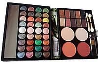 Набор для макияжа maXmaR: тени для век, консилер, румяна 04