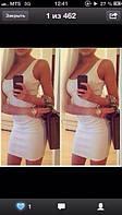 Платье короткое, облегающее