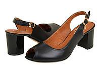 Босоножки на каблуке черные кожа