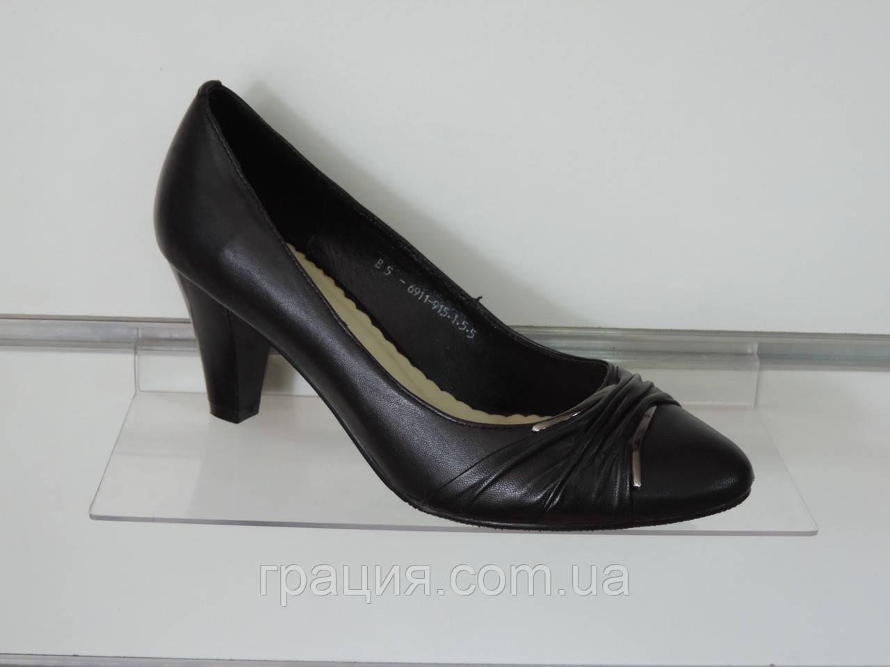 Туфлі жіночі натуральні шкіряні на підборах