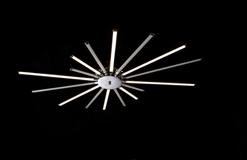 Современная стильная потолочная люстра 9919-16