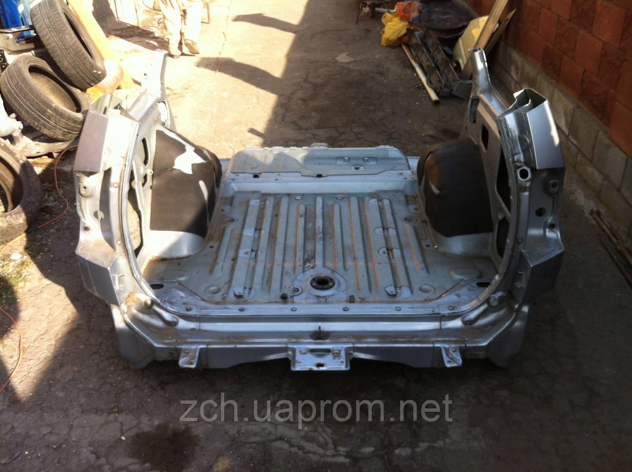 Панель задняя Mitsubishi Pajero Sport