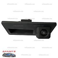 Камера заднего вида BGT 4004CCD для Volkswagen Tiguan 2008+, Touareg II 2010+, Jetta 2011-, Touran 2010+, Golf Plus, Porsche Cayenne II 2010+, Audi A3
