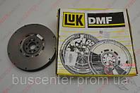 Маховик демпферный (двухмассовый маховик сцепления) Volkswagen Lt28-46 (1996-2006) 074 105 266 M LUK 415 0135 10