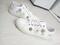 Кеды Stars, цвет-белый, материал- эколак, украшение-декор цветы камушки серебро