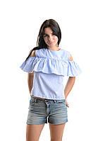 Блузка-рубашка с воланом .