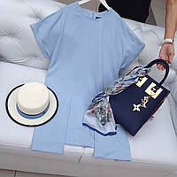 Стильное летнее голубое платье прямого кроя