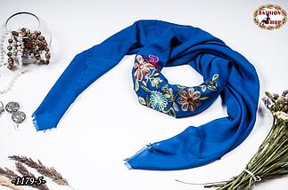 Вышитый красивый платок цвет електрик Цветы, фото 2
