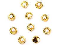 Раковины с жемчугом, золото