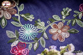 Вышитый красивый платок Цветы, фото 3