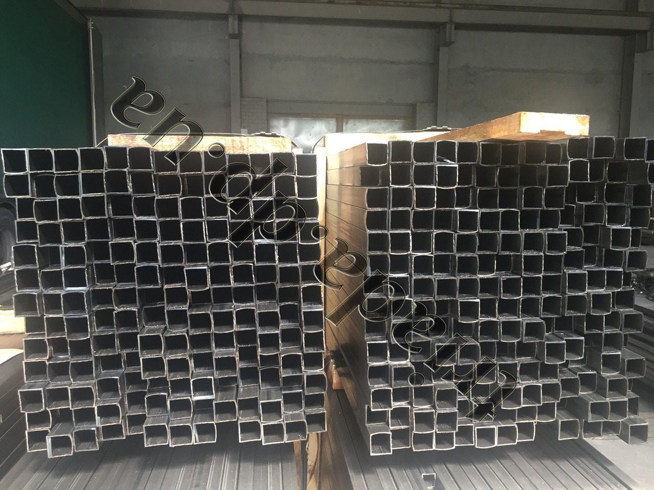 Труба 30х30х1,0 сварная стальная квадратная