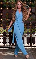 Женский комбинезон голубого цвета
