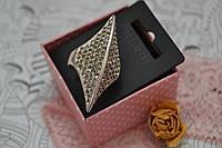Кольцо с серебряным покрытием и камнями Pilgrim