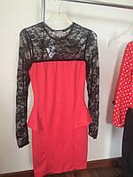 Платье красное кружевной рукав