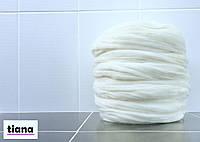 Толстая пряжа мериноса 100 % белая. 21-24 микрон