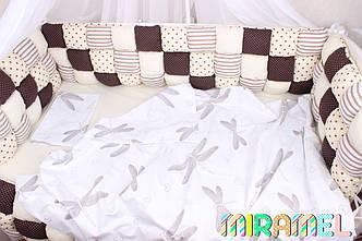 Бортики бомбон в кроватку и постельное белье