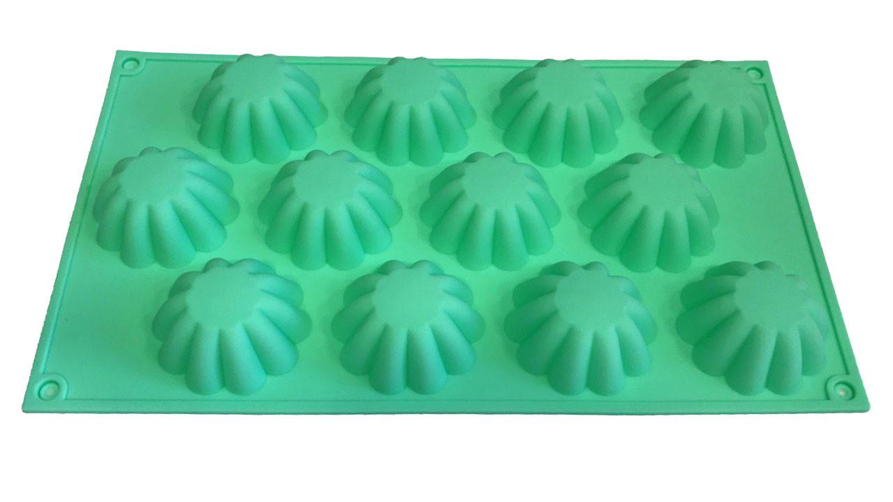 Форма силиконовая для выпечки   Кексы ассорти  12 шт на планшете