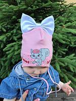 Осенняя трикотажная  шапка для девочки с завязками - D1735